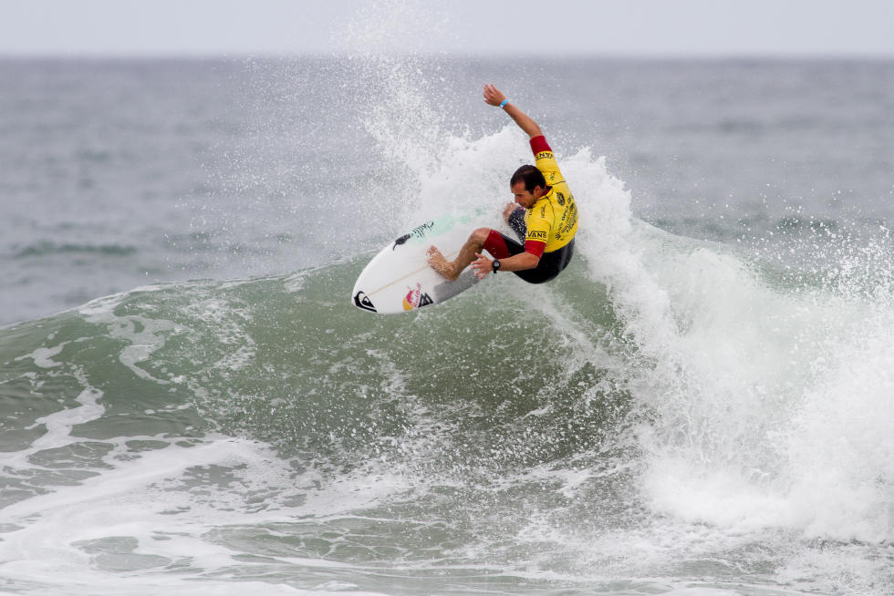 15 Tiago Pires PRT Mens Vans US Open of Surfing 2015 WSL Chris Pittman   Pacific Surf and Lifestyle
