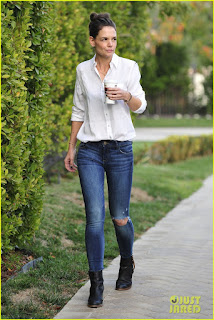 Katie Holmes Photo in Tight Jeans & White Shirt