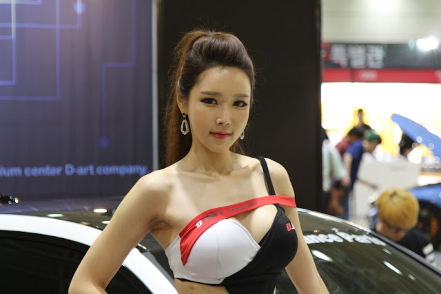 1 Yoo Ri Ahn - Seoul Auto Salon - very cute asian girl-girlcute4u.blogspot.com