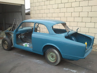 Volvo 122S body shell after buffing with Farecla G3 and G10