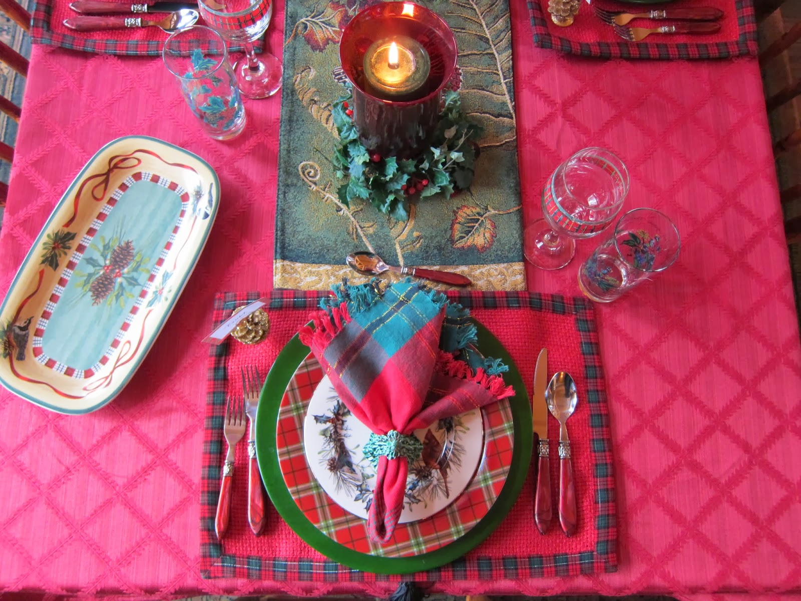 A graceful table plaid tidings of comfort and joy i am using my lenox winter greetings everyday again because of the plaid border i literally can use it every day this time of year kristyandbryce Choice Image