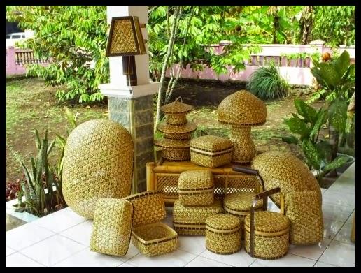 Gambar Kerajinan Tangan : Kerajinan Tangan Anyaman Bambu