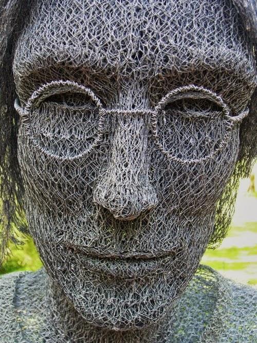 23-John-Lennon-Chicken-Wire-Sculptures-Sculptor-Ivan-Lovatt-www-designstack-co