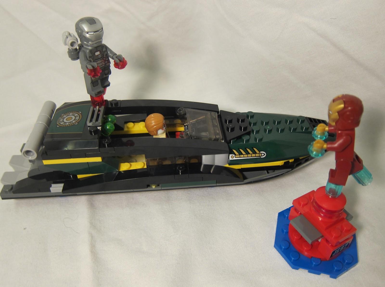 Buried in bricks iron man extremis sea port battle - Lego iron man extremis sea port battle ...