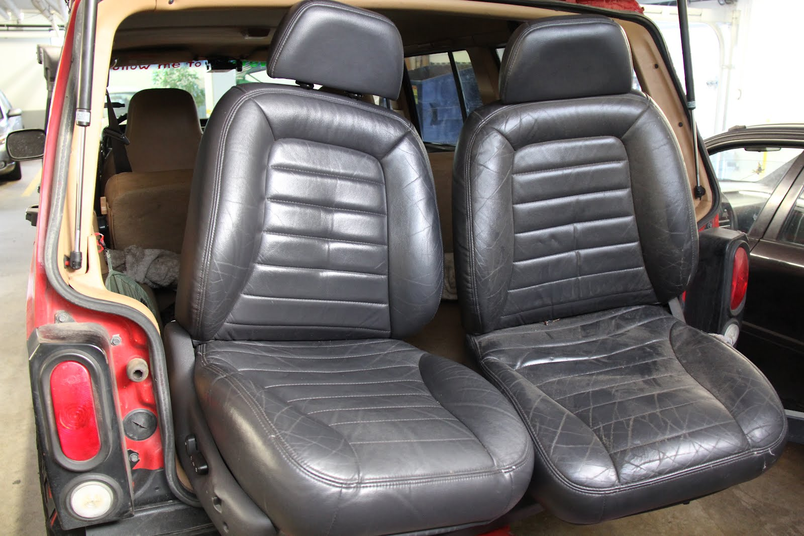 an decline 97 zj seats in 97 xj. Black Bedroom Furniture Sets. Home Design Ideas