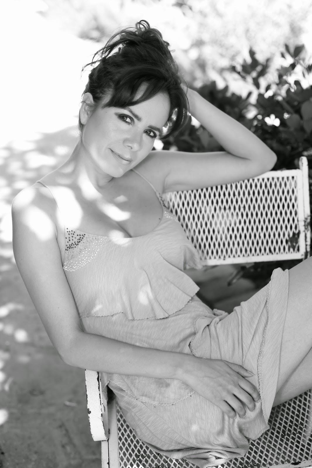 Sara Castro sexy