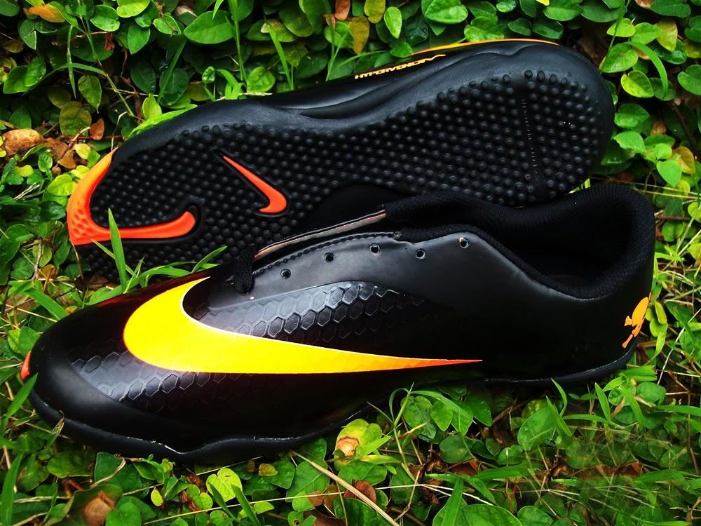 Grosir Sepatu Futsal KW Lokal Murah