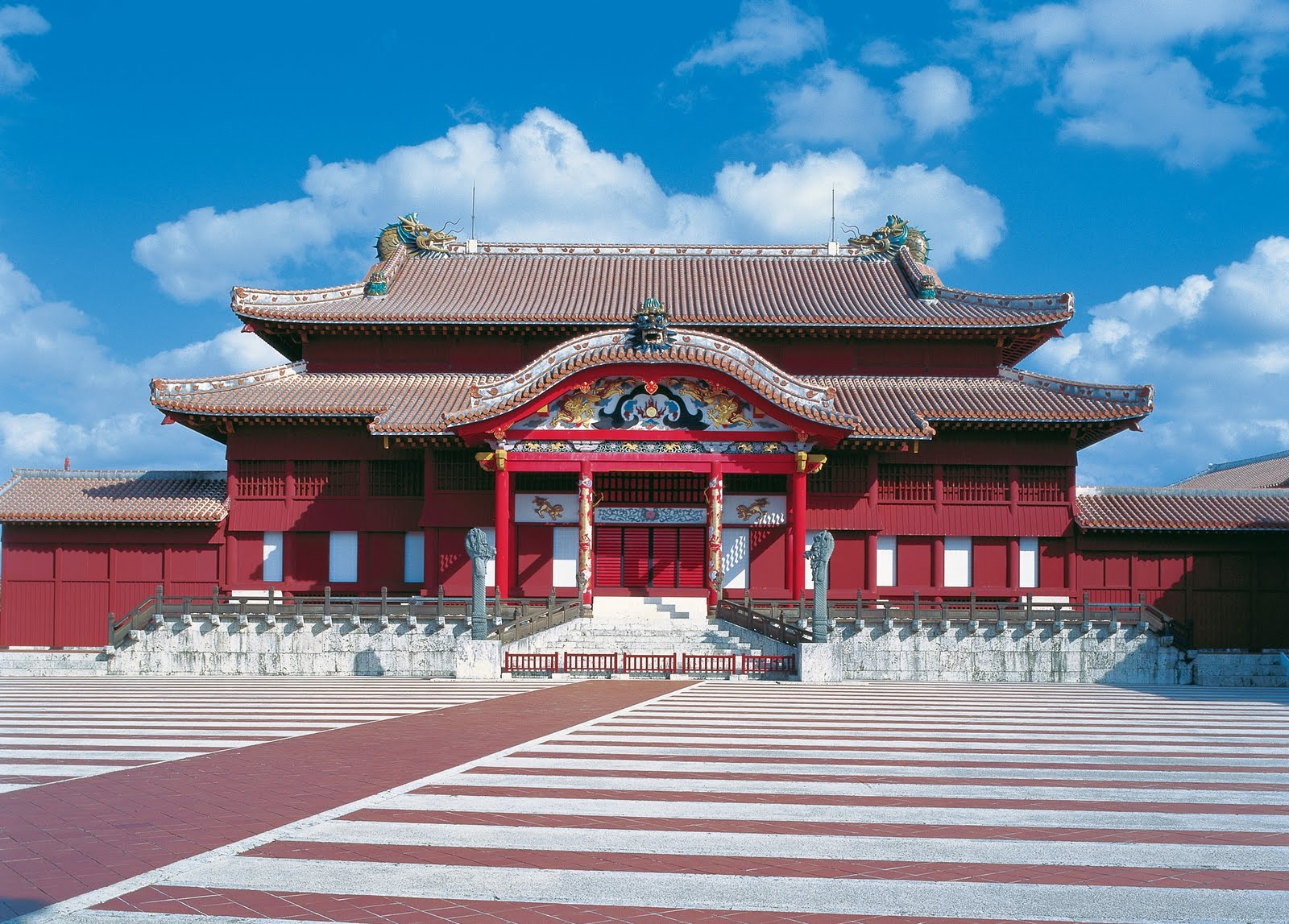 Okinawa Shurijo Castle Park | A World Heritage that tells the ...