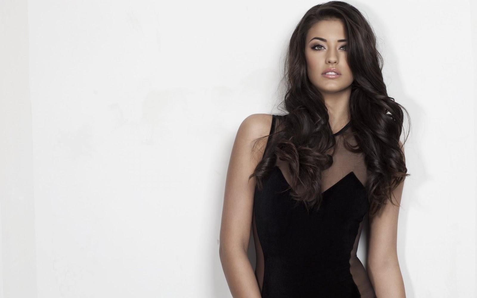 Antonia Model