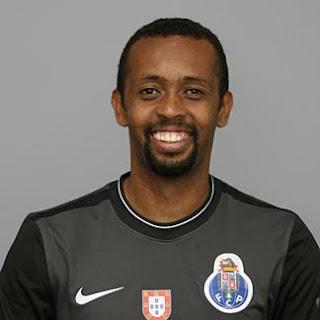 Helton finta 3 jogadores no FC Porto - Vitória Setúbal