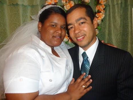 Juan Alberto y Yamiris Martínez, se unieron en unión del matrimonio el Domingo 24 de Agosto en ceremonia efectuada en La 1era Iglesia Jehová Justicia Nuestra, que Ptorean Brunildo y Dianny de Bueno.