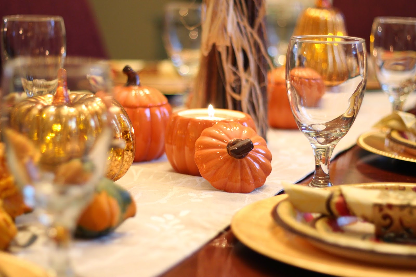 thanksgiving table decorating ideas - Thanksgiving Table Decorations