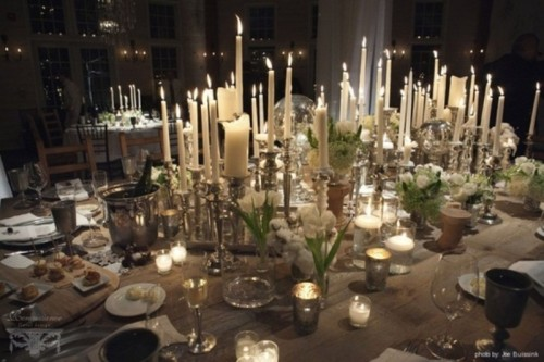 Winter wedding table décor ideas colours