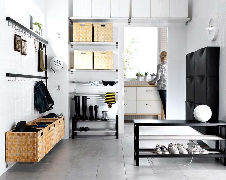Decoracion actual de moda espacios dif ciles - Percheros de pared ikea ...