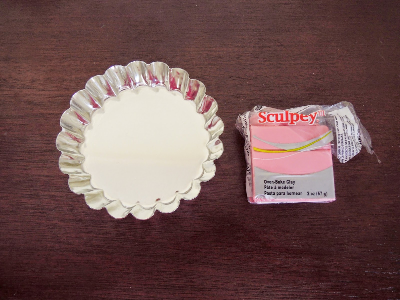 DIY scalloped clay jewelry dish