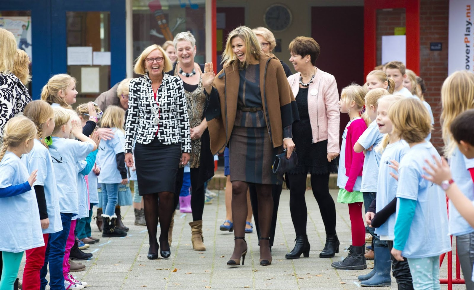 Queen Maxima visits Driving Popschool