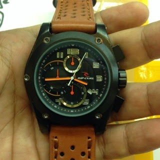 Ripcurl Spizer Edition coklat tua orange