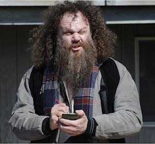 """John C. Reilly em cena do filme """"Os Acompanhantes"""""""
