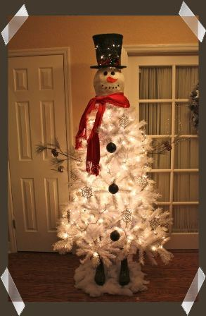 i also seen a snowman tree with a bucket of snowballs next to him and a shovel in his hand this is an easy christmas