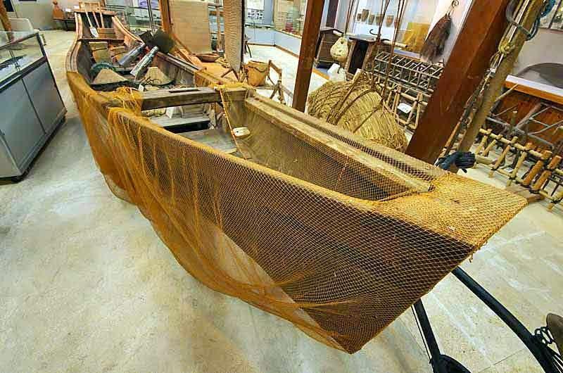 sabani boat,museum,fishing nets and tools