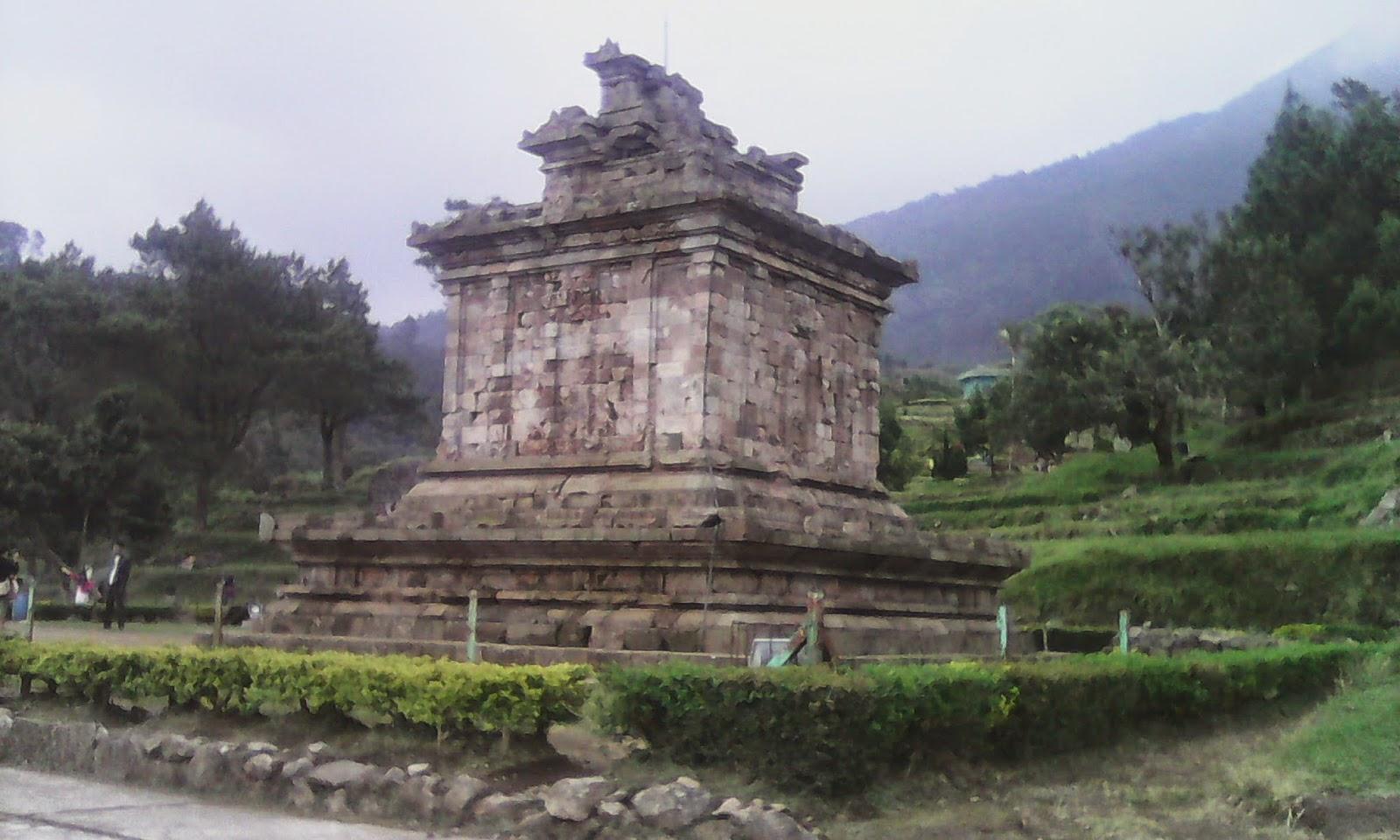 Jalan-jalan ke Candi Gedong songo di Kabupaten Semarang