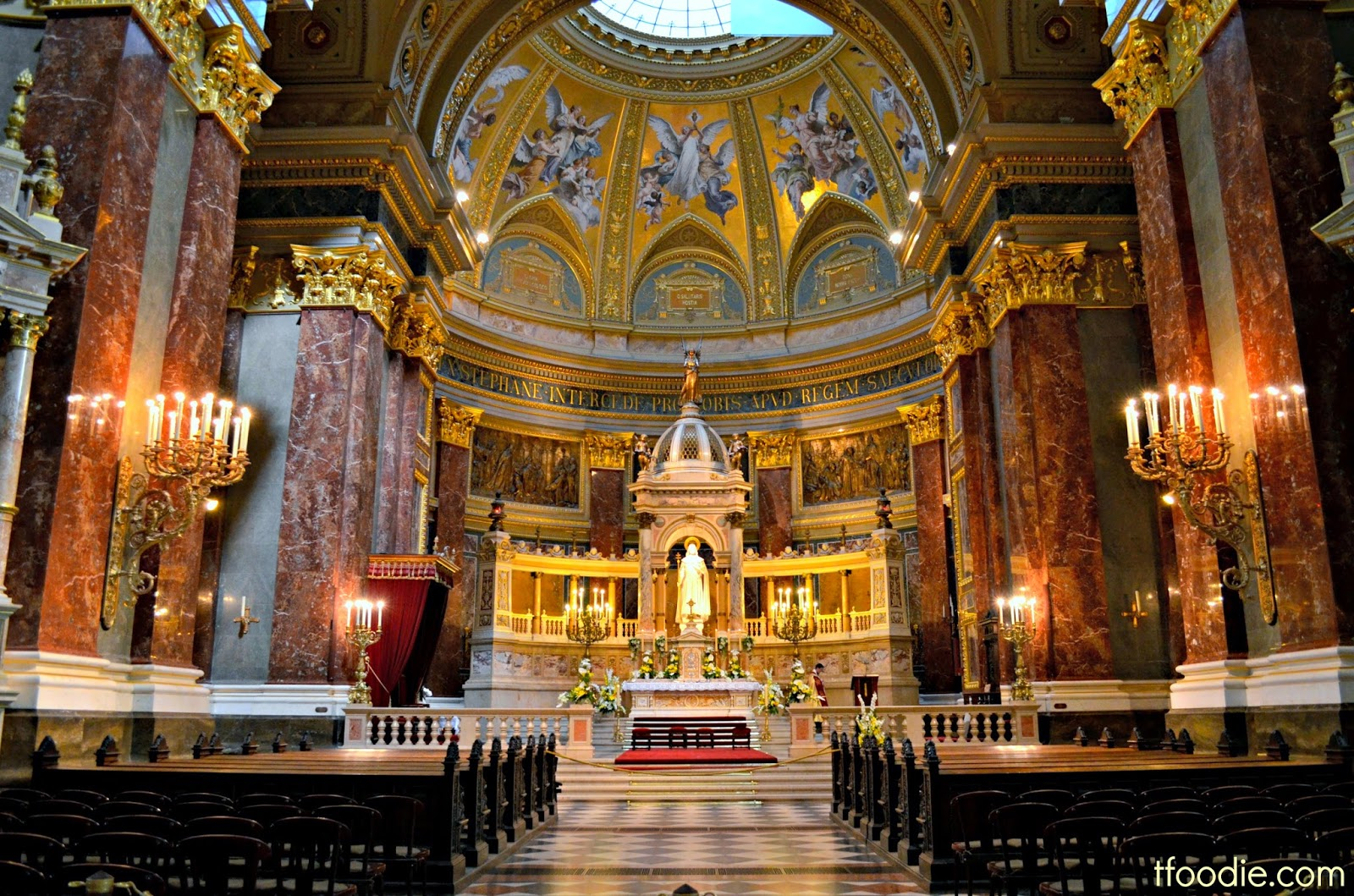 The Traveling Foodie St Stephen S Basilica Budapest