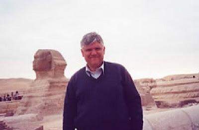 صديق الامة القبطية البرلمانى:جيم كارى جيانيس