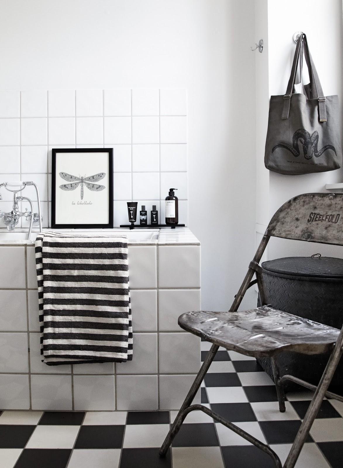 Stockholm vitt   interior design: a typical danish home