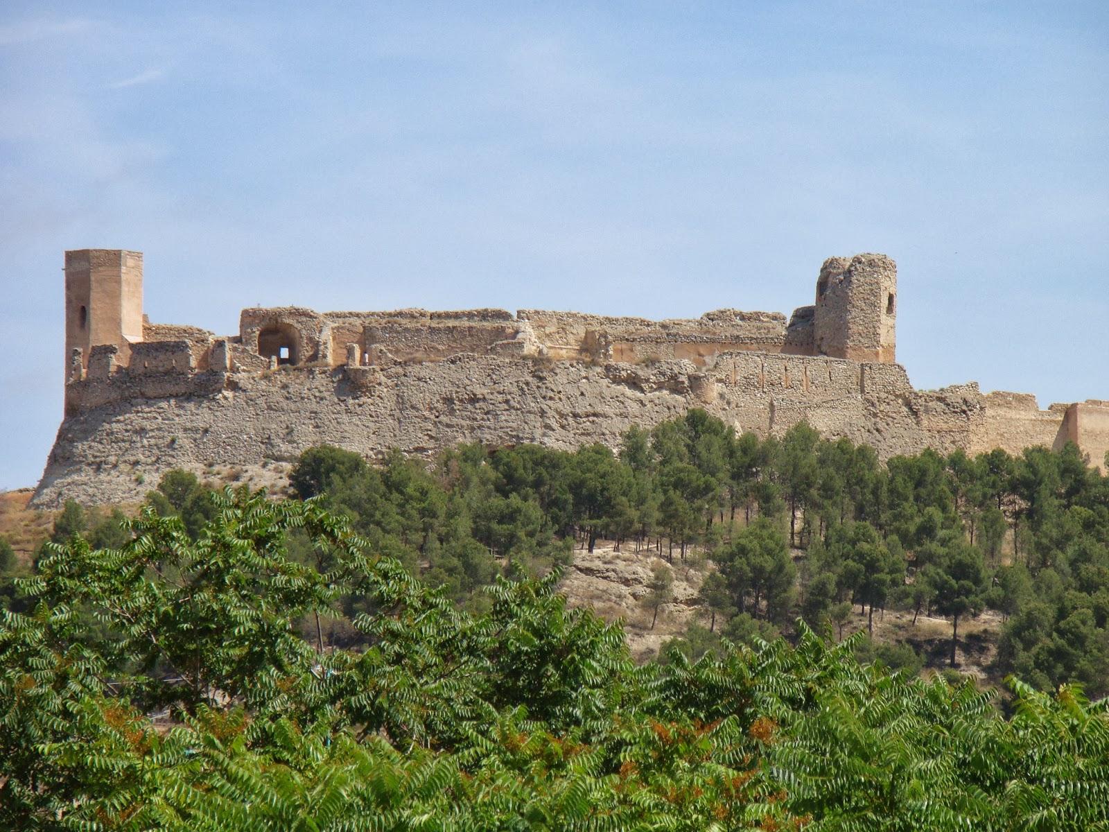 Castillos espa oles castillo de ayub calatayud zaragoza - Castillo de ayud ...