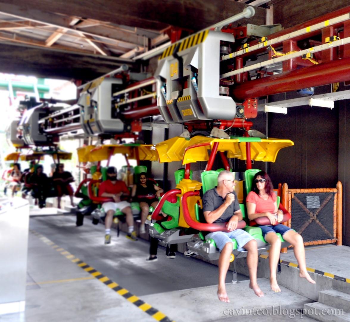 Entree Kibbles: Canopy Flyer @ Universal Studios Singapore