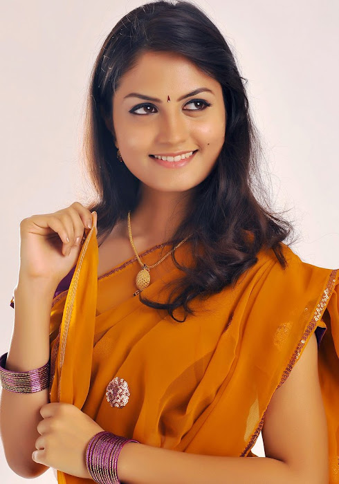madhulika actress pics