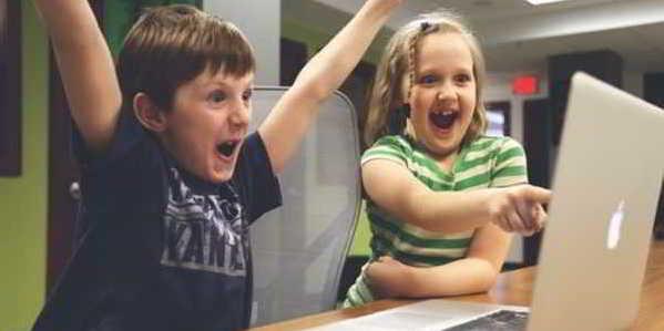Problematika Gadget Dalam Dunia Anak