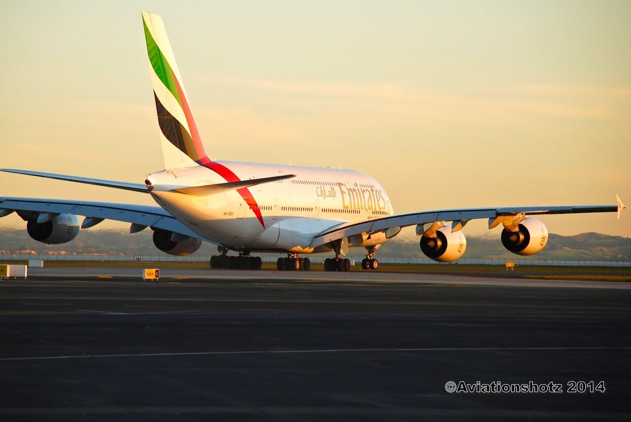 Aviationshotz emirate 39 s golden sunset a6 eeg - Emirates airlines paris office ...