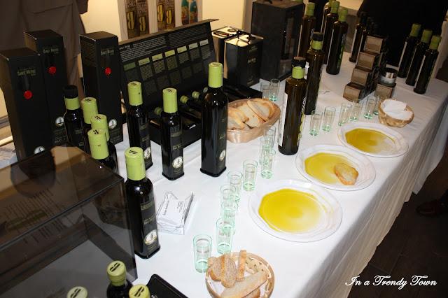 Botellas y cata de aceite