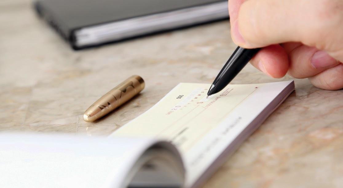 Titulo valor y cheque en Derecho mercantil