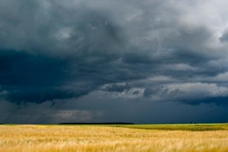 Storm-over-farm-lands