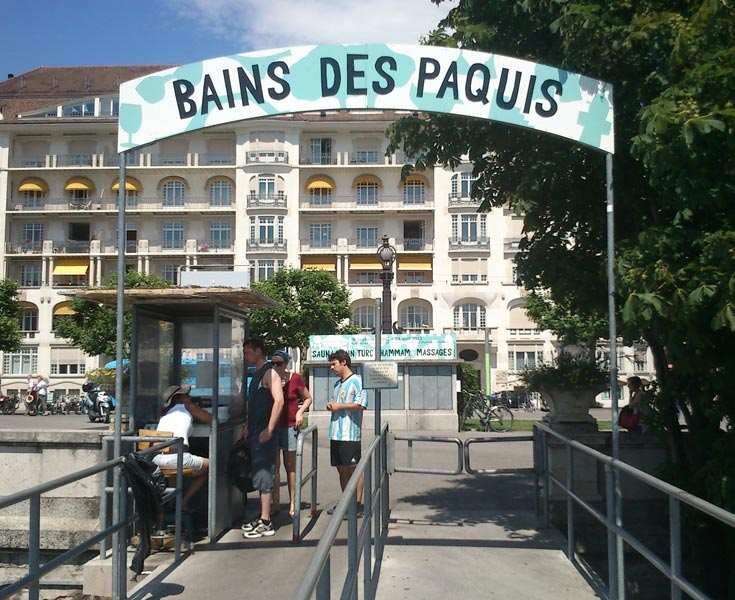 Monstre geneve for Rue des bains