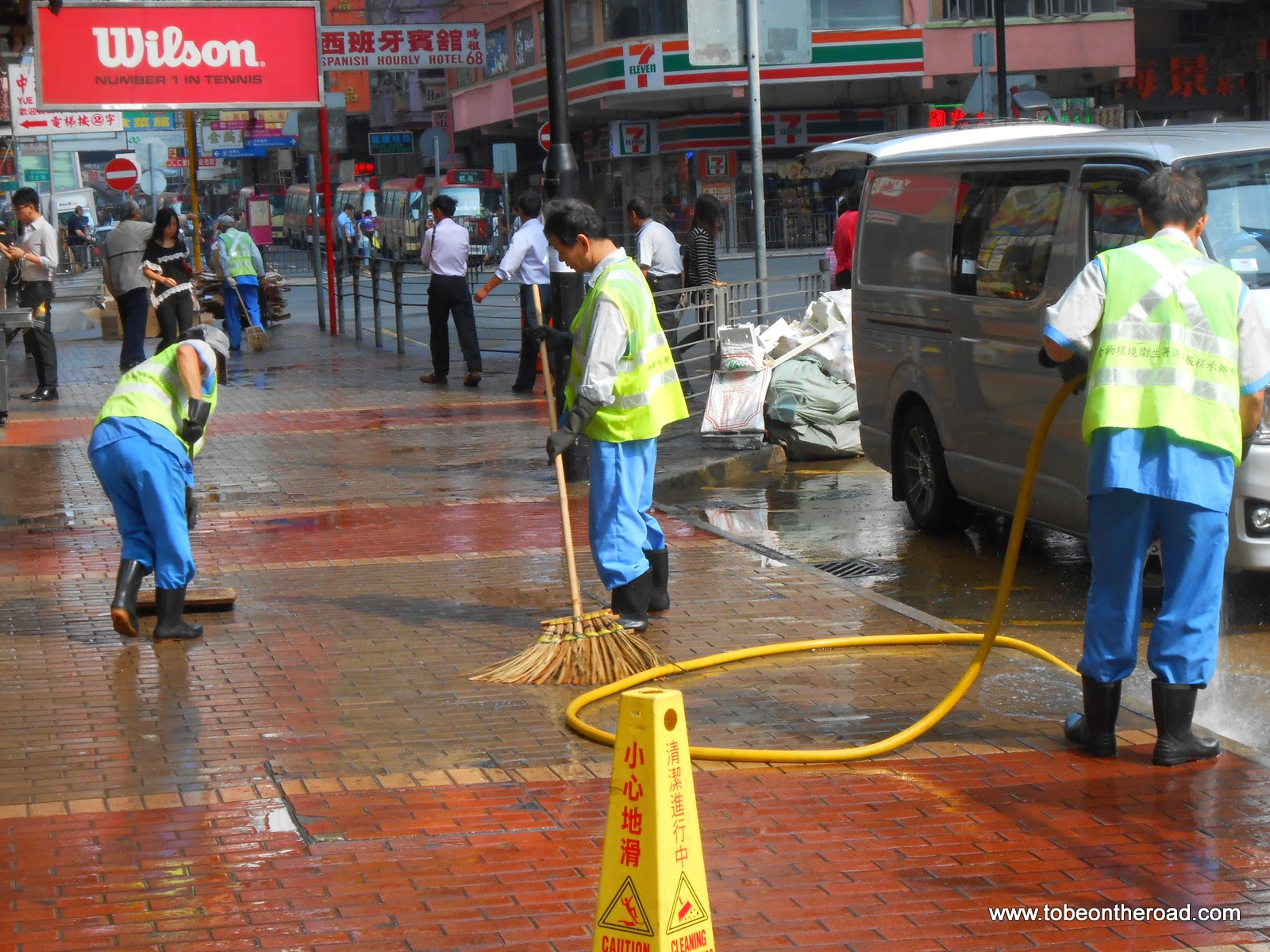 Hongkong, Road Cleaning, Foot path, Gandhi World Foundation,