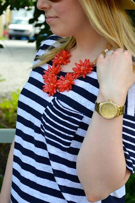 red-flower-statement-necklace
