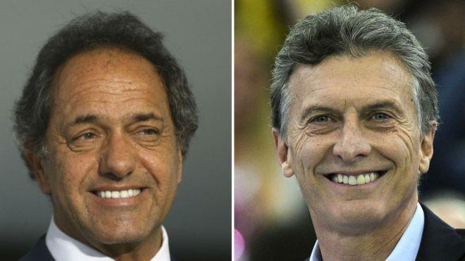 Governista Daniel Scioli e opositor Maurício Macri disputam segundo turno inédito