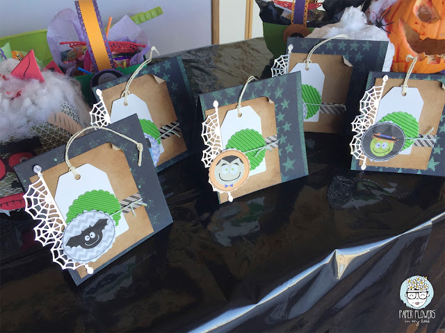 tarjetas de halloween con niños