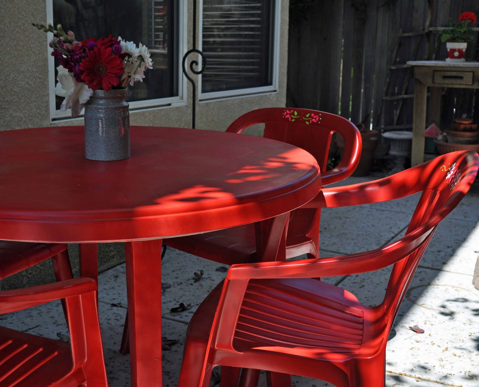 Resin Patio Furniture Makeover