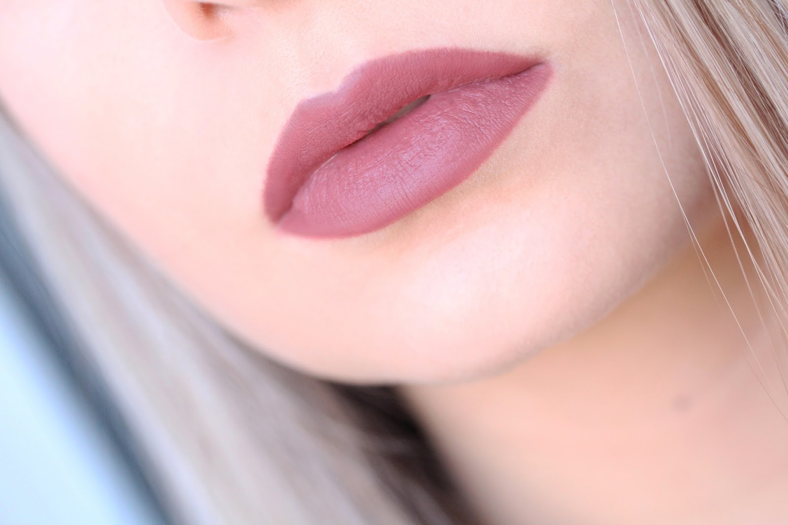 MAC Soar Lip Liner Kylie Jenner