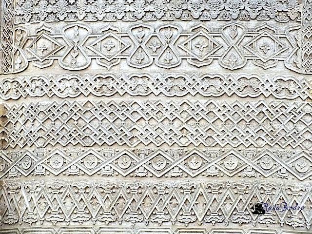 detaliu biserica sfintii trei ierarhi iasi