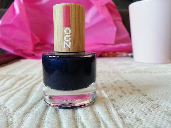Bleu comme la nuit (test du vernis Zao)