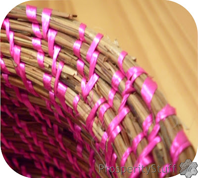 Pine Straw basket - closeup