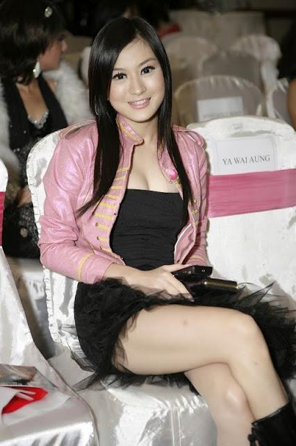 hot and sexy wut hmone shwe yee photo 02