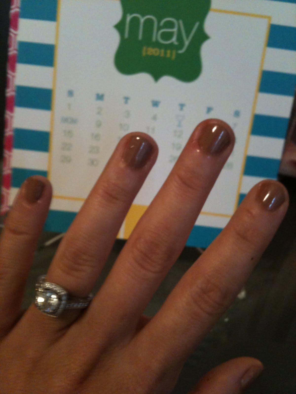 paisley & pearls: neutral nails
