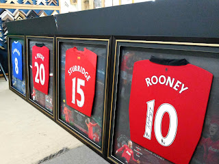 Framed sport jersey from Rooney, Sturridge, Persie & Lampard