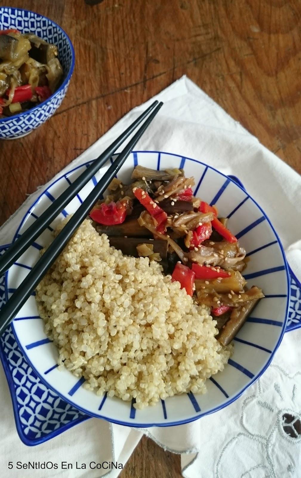 5 sentidos en la cocina quinoa real con berenjenas al for Cuanto se cocina la quinoa